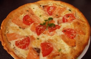 Photo Recette PIZZA AU SAUMON ET BOURSIN