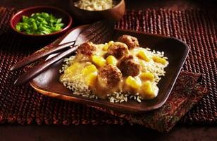 Photo Recette Boulettes de Poulet dans une Sauce aux Ananas et aux Prunes