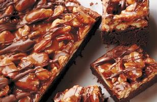Photo Recette Carrés au Chocolat, au Caramel et aux Pacanes