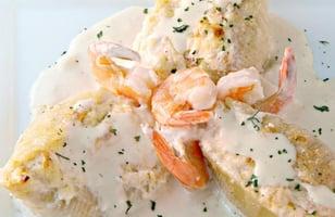 Photo Recette Coquilles Farcies aux Crevettes et au Crabe dans une Sauce Crémeuse à L'ail