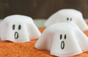 Photo Recette Piles de Biscuits Fantômes de L'Halloween