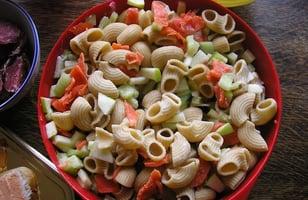Photo Recette Salade de Pâtes Concombre Saumon et Pommes Granny