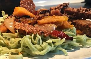 Photo Recette Tofu Pané et Légumes sur Pâte de Brocoli