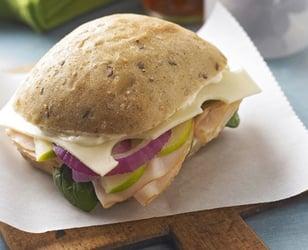 Photo Recette Sandwich à la Dinde, au Fromage Suisse et aux Pommes